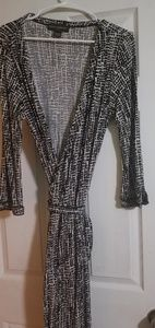 Dresses & Skirts - Banana Republic Wrap Round Dress